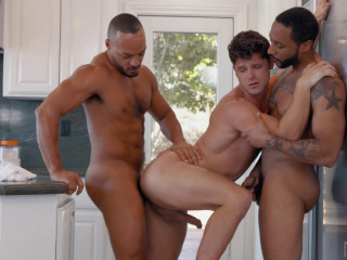 Hot 3some Devin Franco, Jaxx Maxim & Dillon Diaz (1080p)