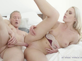 Angelika Grays - Roller Girl Enjoys Anal