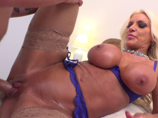 Brittany Andrews - MILF Anal Seduction (2019)