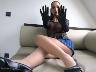 Ballbustingchicks - Liza - My Leather Gloves Fetish