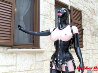 Corsetted Spandex Dame - HD 720p