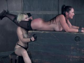 Carousel of Pain , Nyssa Nevers , Nadia White , HD 720p