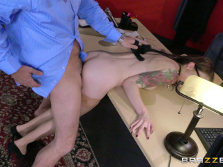 Anna De Ville - The In-Her View FullHD 1080p