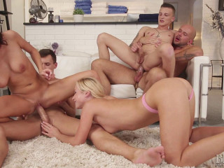 Vinna Reed, Andy West, Jace Reed, Alex Hell, Peter( Spa Orgies)