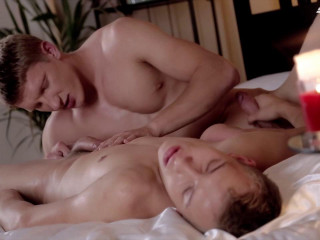 Boris Orla & Sven Laarson in the gig Magnificent hotties