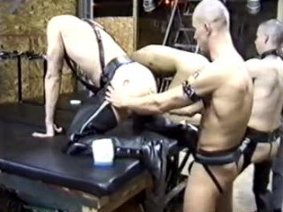 Pigs In Knuckle Group sex