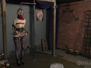 Hot Walker in Restrain bondage e