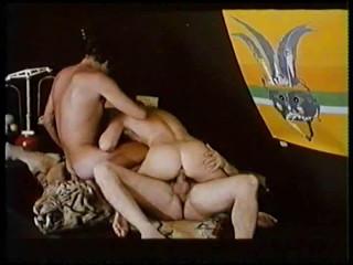 Les Covergirls De L'Agence Amour (1975) - France Quenie, Gina Janssen