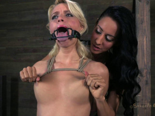 Sexually Battered - Isis Enjoy in the palace to help smash up Anikka Albrite - Jan 28, 2013
