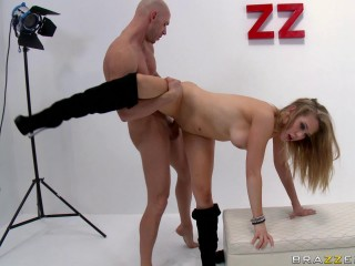 Naughty Blonde Uses A New Type Of Dating