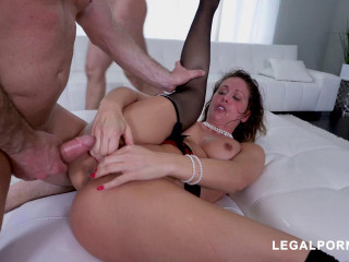 Horny Cherie DeVille gets all her holes filled (2019)