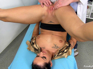 Selina (Salina) (23 years girls gyno exam)