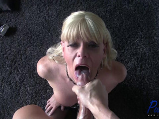 mature blond Joanna Jet wants your dicklet