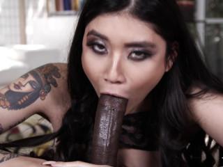 Brenna Sparks - Japanese Mouth Vs Ebony Trunk (2017)