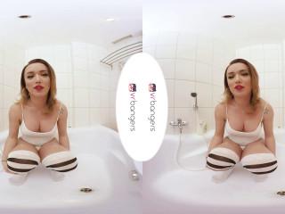 Bathing with Bianka - Bianka Nascimento