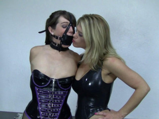 Carissa Montgomery And Elizabeth Andrews Latexed Go after The Leader (2015)
