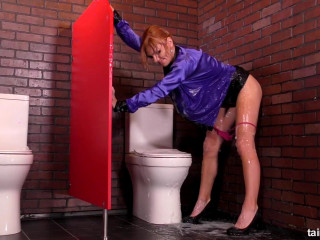 Bangin Redhead Gets Slimed By Dildo - Mia Lee - Full HD 1080p