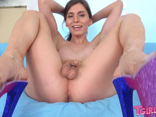 Korra Del Rio Plays With Her Dildo!