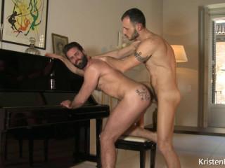 The Pianist - Dani Robles & Ely Chaim - FullHD 1080p