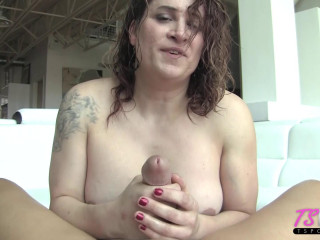 Mature inexperienced Transsexual Trixie Turner worships a big penis