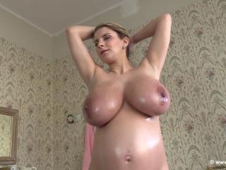 Katharina - Pregnant Again