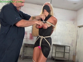 HunterSlair - Amanda Foxx - Cranked up by her brutally ziptied tits
