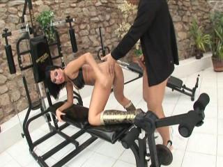 Renata Ebony Culo Fucked & Swallows Jizz