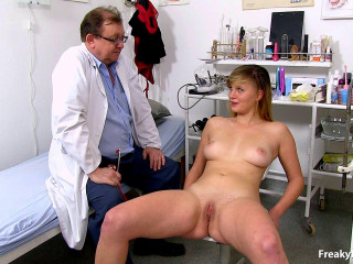 Violet Twenty-one years gals obgyn examination (2016)