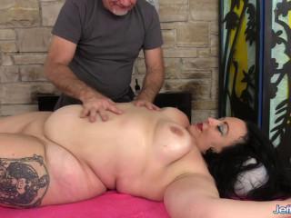 Calista Roxxx - Naughty Fat Rubdown