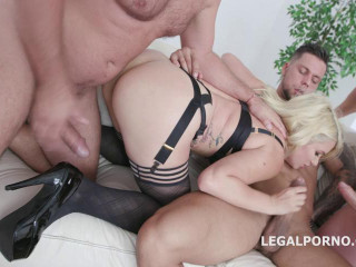 Monsters of DAP Layla Price gets 4on1 Balls Deep Anal, DAP