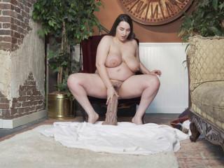 Jeri Lynn - Opening up with XXXL River Pony
