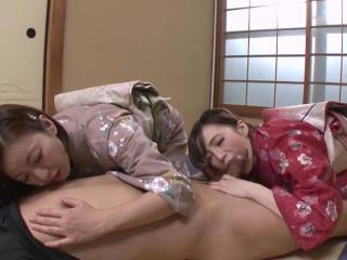 Mika Sumire, Hitomi