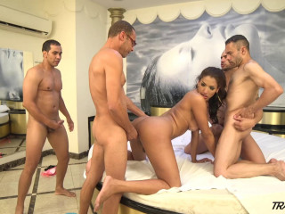 Tamarah Camargo - Tamarah's Group sex
