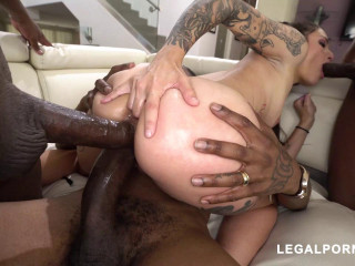 The Beautiful Luna Lovely with another BBC
