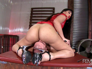 Mercedes Carrera - Less Breathing, More Licking!