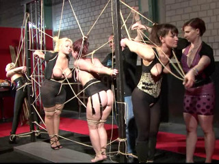 Fabulous 4 slavegirls and Mistress at BoundCon