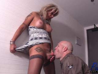 Robbi Racks - Mature Escort Takes Care Of Her Client