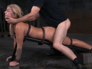 Madelyn Monroe - Culo Up and Toughly Fucked With Fierce Deepthroat!