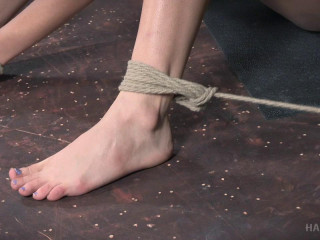 Zoey Laine - Kittle Flogged