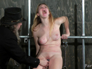 Ashley Lane - Moist Pussy Punishment