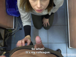 The girl with the handbag likes to swallow FullHD 1080p