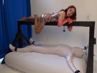 Sleazy Submissions - Domination HD
