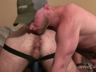 Thirsty Bottom Double penetration