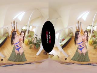 Bathing suit Time Katy Rose and Lexi Dona VirtualRealPorn