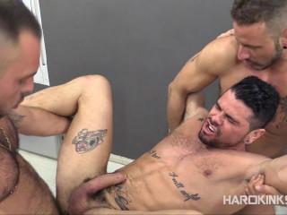 Hot 3some Antonio Miracle, Macanao Torres & Mario (720p)