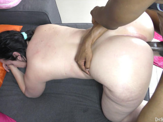 Accidental Creampie in Huge Booty Pawg