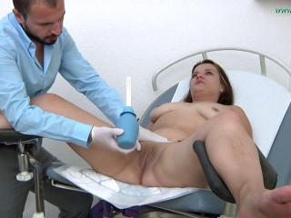 Baby Nicole 26 years girl gyno exam