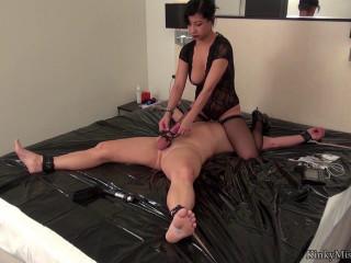 mistress kawa private session