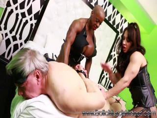 EroticMuscleVideos - Brandi Mae I Las VegAss Extortion