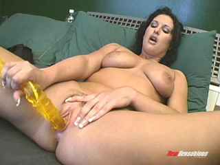 She Squirts - Vol. 4 - Michelle Raven
